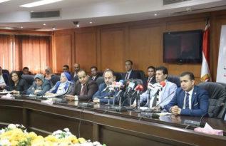 الدكتور أشرف صبحي وزير الشباب والرياضة خلال المؤتمر الصحفي